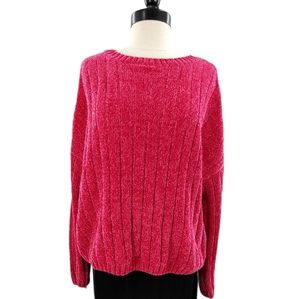 Cozy velour sweater in rich bright pink